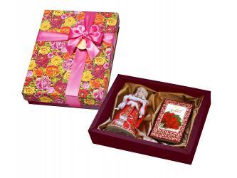 Набор С Праздником: кукла декоративная, шоколадные конфеты Конфаэль, красный